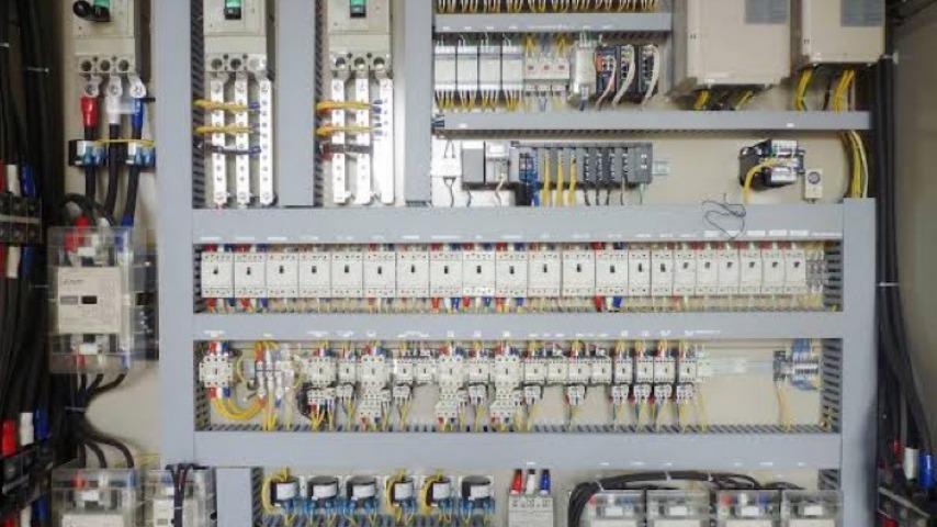 制御盤のイメージ